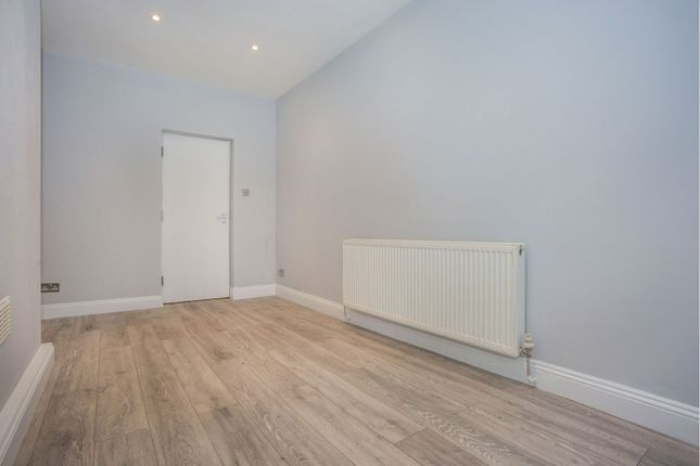 Master Bedroom of Horn Lane, Acton W3