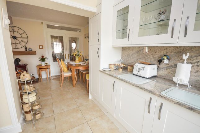 Fitted Kitchen Aspect 3