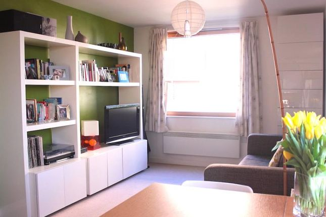 Thumbnail Flat to rent in Boston Park Road, Brentford