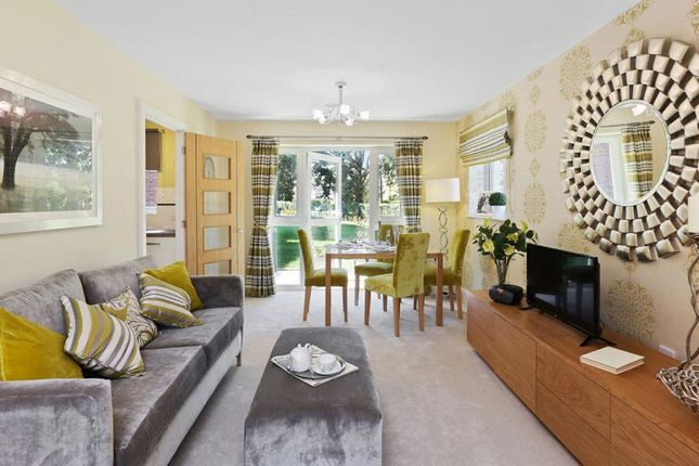 1 bedroom flat for sale in Dene Close, Outwood Lane, Chipstead, Coulsdon