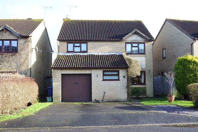 Thumbnail Detached house for sale in Black Lawn, Gillingham