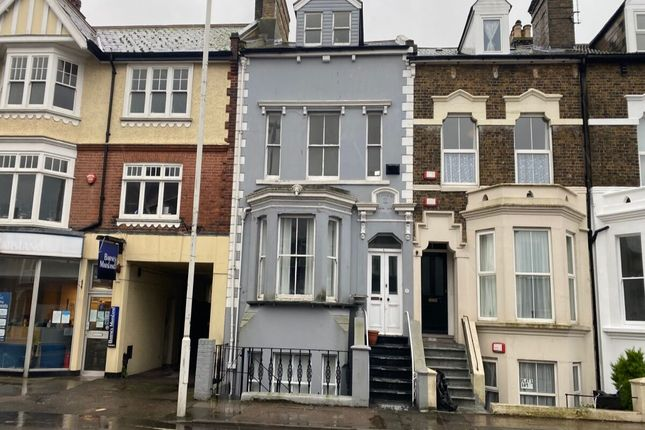Thumbnail Flat to rent in High Street, Broadstairs