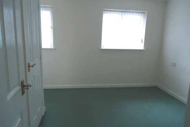 6 Telary Close (Bedroom 1)