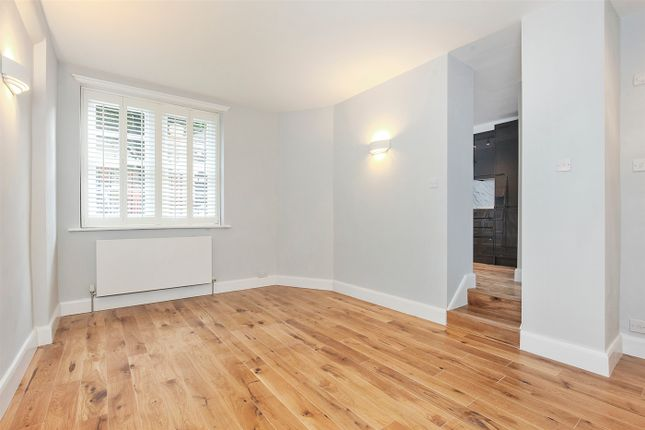 Thumbnail Flat to rent in Thanet Street, London