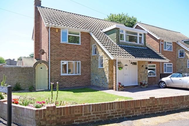 Thumbnail Detached house for sale in Bacon Lane, Hayling Island