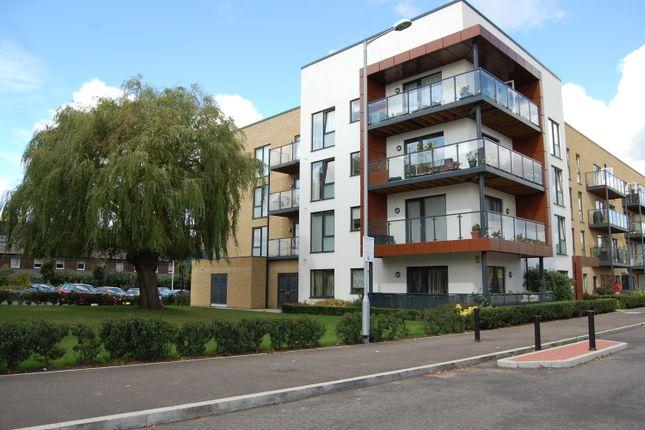 Thumbnail Flat to rent in Kings Park, Harold Wood