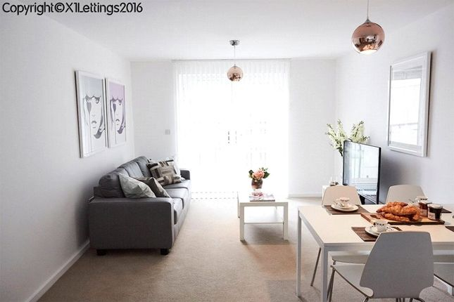 2 bed flat to rent in Spinner House, 1A Elmira Way, Salford M5