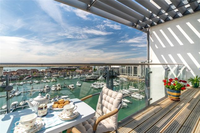 Thumbnail Flat for sale in Sundowner, 31 Channel Way, Southampton