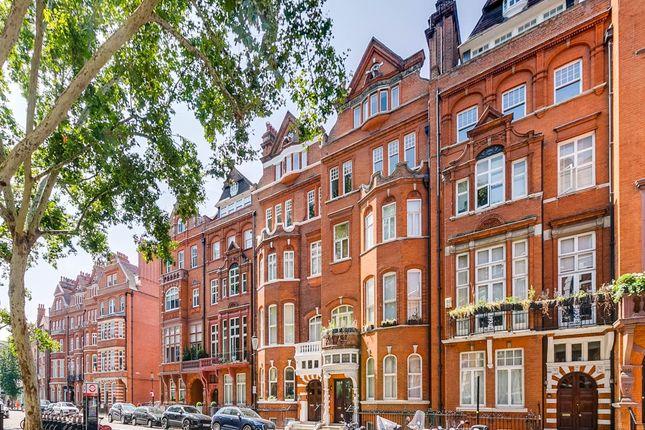Thumbnail Flat to rent in Cadogan Gardens, London