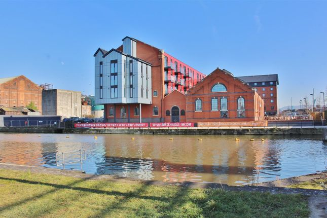 Thumbnail Flat for sale in St. Ann Way, The Docks, Gloucester