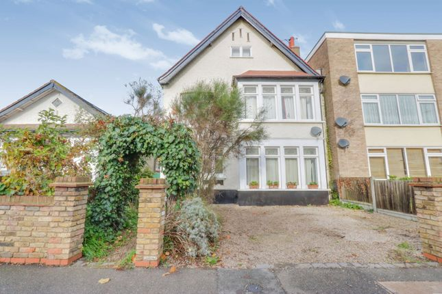 Thumbnail Detached house for sale in Leigh Road, Leigh-On-Sea, Essex