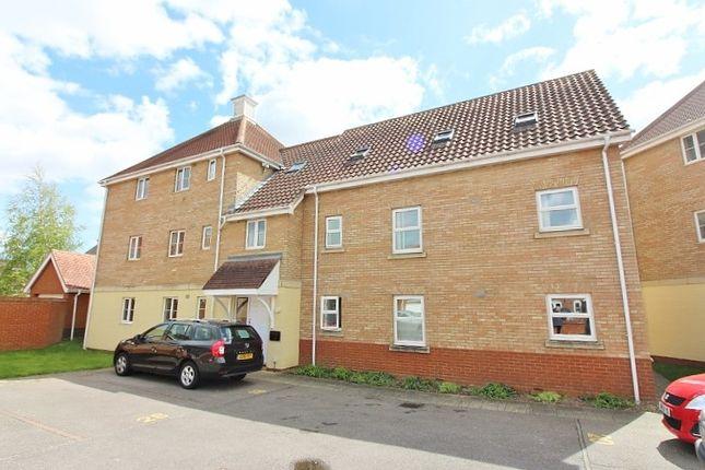 Thumbnail Flat to rent in Rushton Drive, Carlton Colville