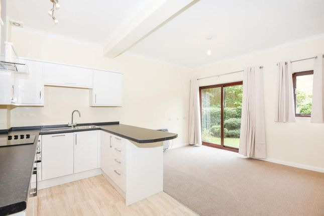 Thumbnail Flat to rent in Staines Road East, Sunbury On Thames