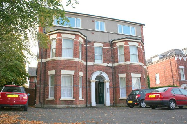 Thumbnail Flat to rent in 1, 9 Derryvolgie Ave, Belfast