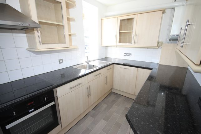 Thumbnail Flat to rent in Eliot Place, Blackheath