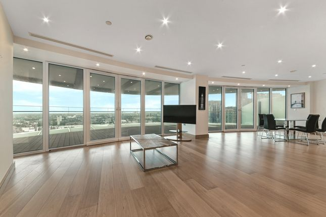 Living Area of Arena Tower, Crossharbour Plaza, Isle Of Dogs E14