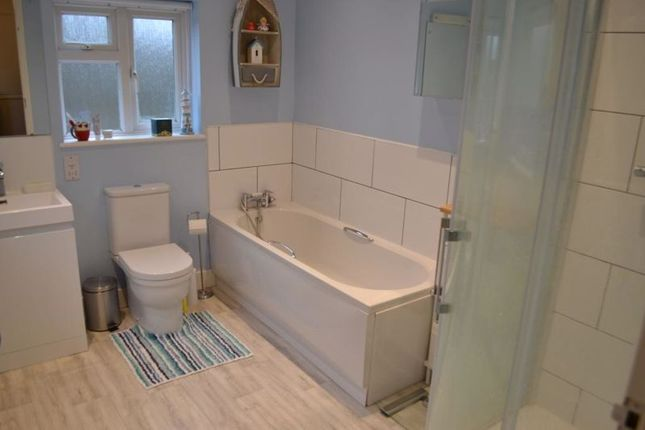 Bathroom of Lavender Hill, Tonbridge TN9