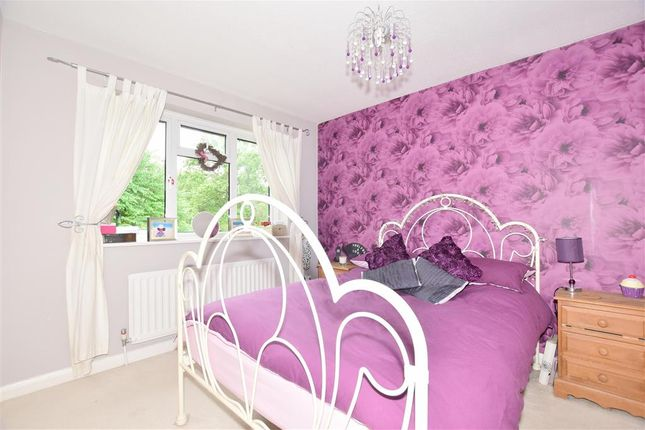 Bedroom 2 of Oliver Close, Crowborough, East Sussex TN6