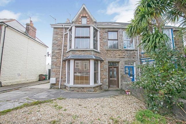 5 bed property to rent in Mount Pleasant Road, Camborne TR14