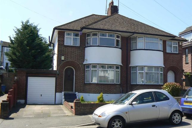 Thumbnail Semi-detached house to rent in Oakleigh Gardens, Farnborough, Orpington