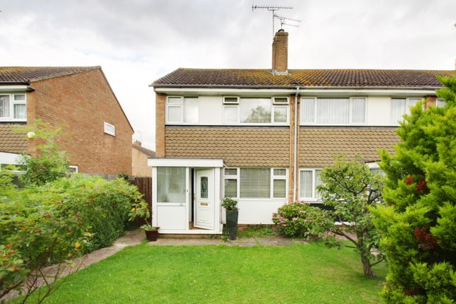 Thumbnail End terrace house to rent in Chequers Walk, Waltham Abbey