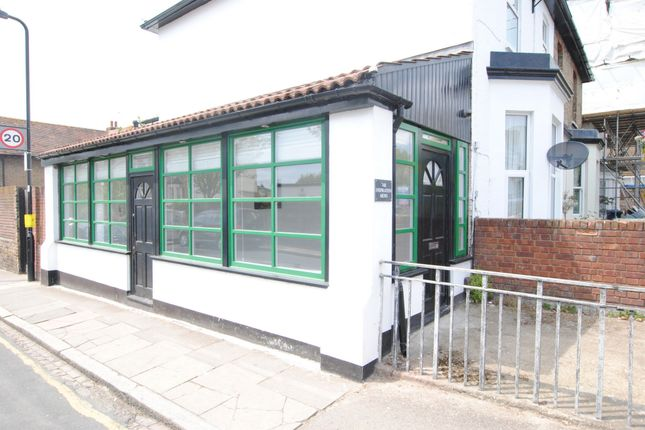 Thumbnail Property to rent in Boston Road, Hanwell