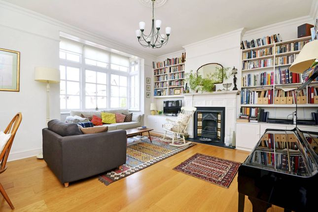 Thumbnail Maisonette to rent in Durham Road, East Finchley, London