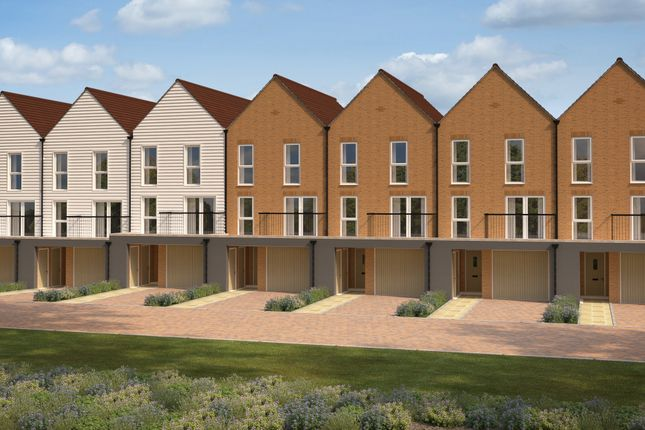 Thumbnail Terraced house for sale in Roman Way, Strood
