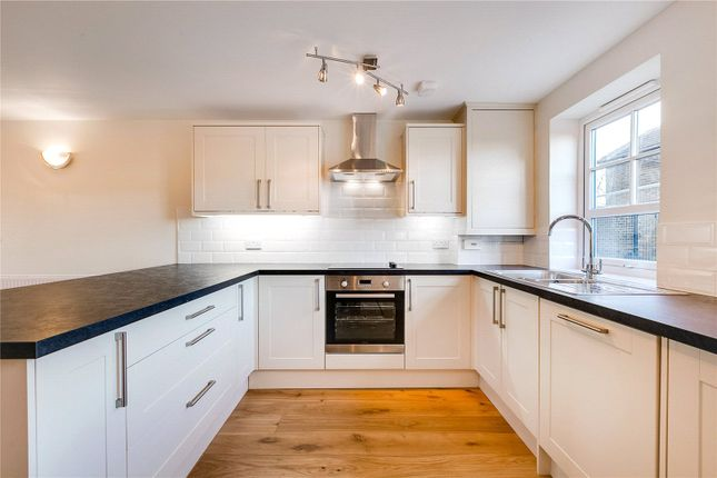Thumbnail Maisonette to rent in South Worple Way, London