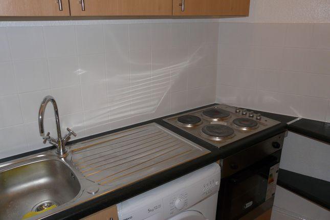 Bathroom of Cathedral Road (Flat 11), Pontcanna, Cardiff CF11