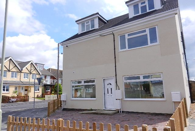 Thumbnail Maisonette to rent in Creek Road, Hayling Island