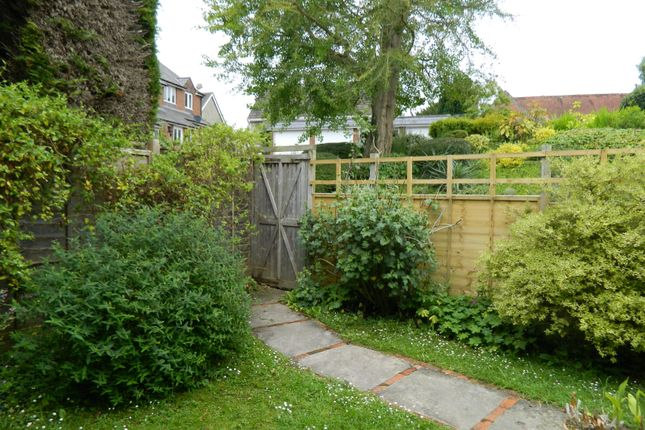 2 bed flat to rent in The Old Garden House, High Street, Tisbury SP3