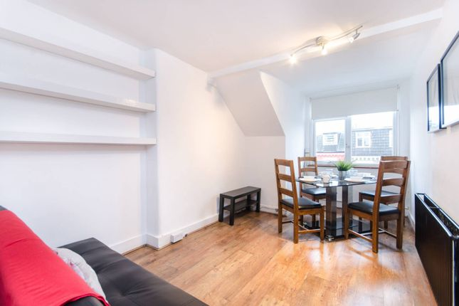 Flat to rent in St Julian's Road, Queen's Park