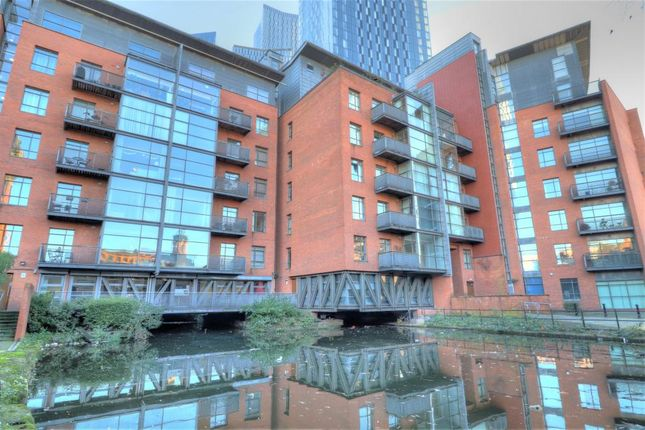 2 bed flat to rent in Deansgate, Manchester M3