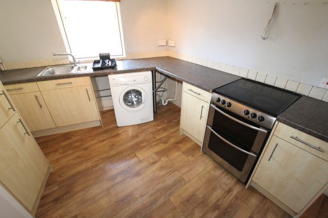 Thumbnail Triplex to rent in Kenwyn Street, Truro