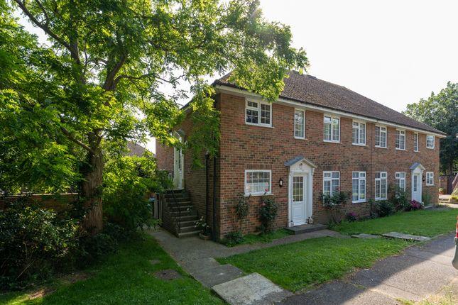 2 bed flat to rent in Furzedown, Selbourne Road, Littlehampton BN17