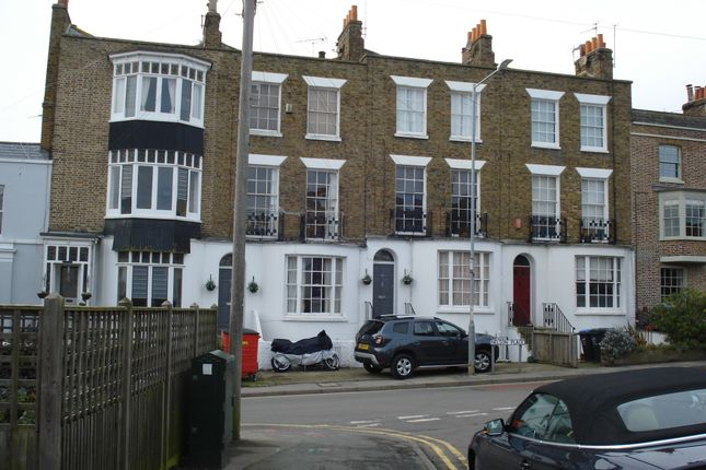 Nelson Place, Broadstairs CT10