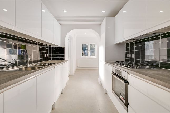 Thumbnail Detached house to rent in Perryn Road, Acton, London