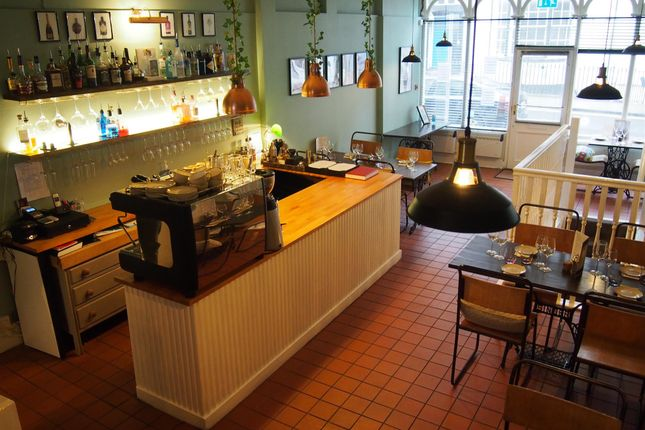 Restaurant/cafe for sale in Restaurants YO11, North Yorkshire
