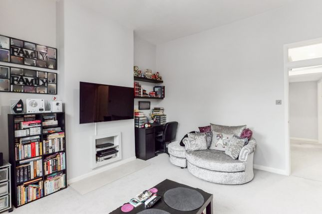 2 bed flat for sale in Wrottesley Road, Kensal Green NW10