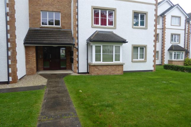 Thumbnail Flat to rent in Woodview Court, Reayrt Ny Keylley, Peel