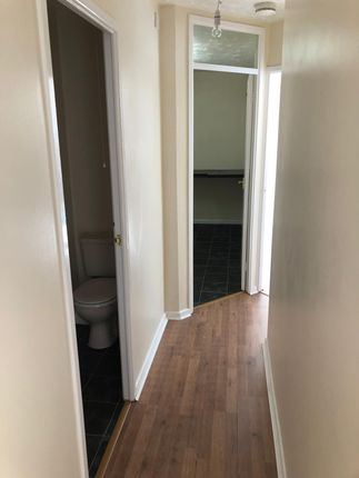 Thumbnail Flat to rent in Simpson Close, Luton