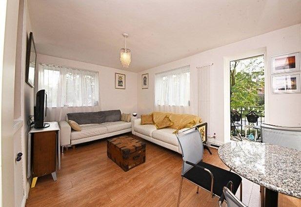 Thumbnail Flat to rent in Canobury Road, Highbury, London