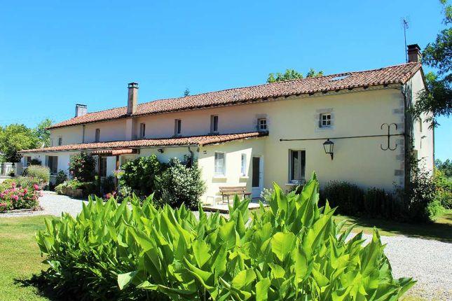 Thumbnail Property for sale in Poitou-Charentes, Vienne, Asnieres Sur Blour