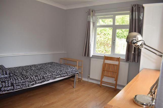 Property to rent in Downside Road, Sutton