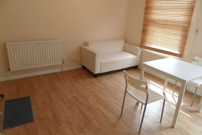 Thumbnail Flat to rent in Loampit Hill, Lewisham