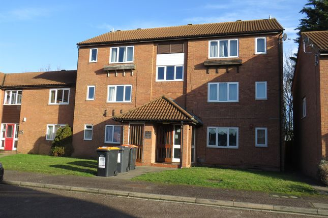Thumbnail Flat for sale in Alburgh Close, Bedford