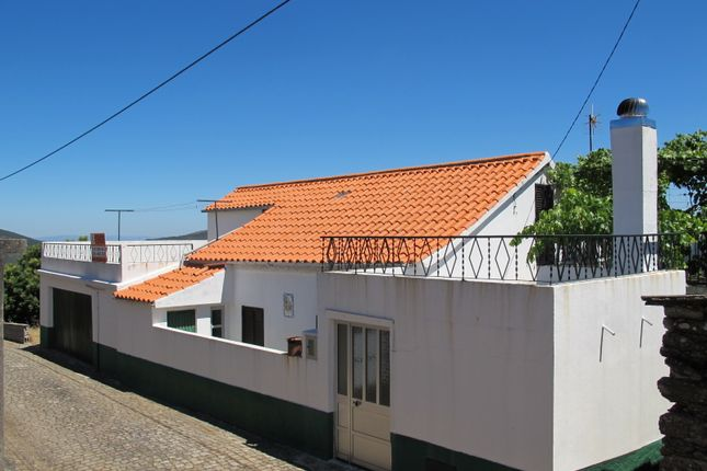 Thumbnail Cottage for sale in Carvalhal Do Sapo, Cadafaz E Colmeal, Góis, Coimbra, Central Portugal