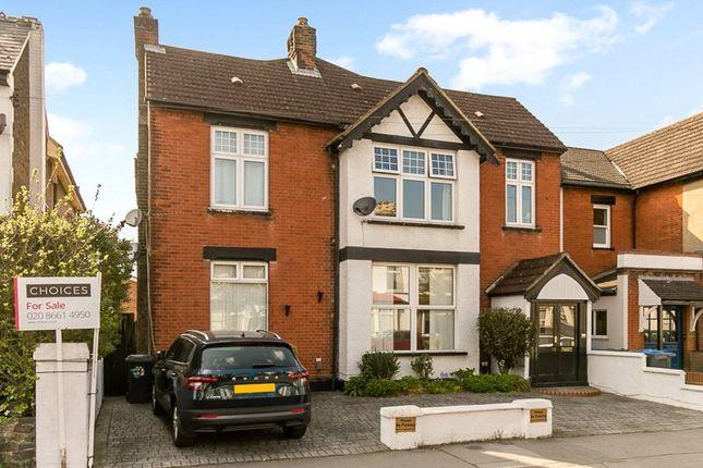 Flat for sale in Chelsham Road, South Croydon, Surrey