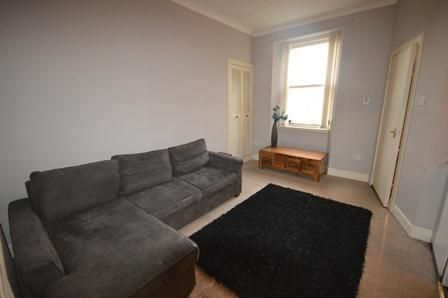 Thumbnail Flat to rent in Main Street, Falkirk